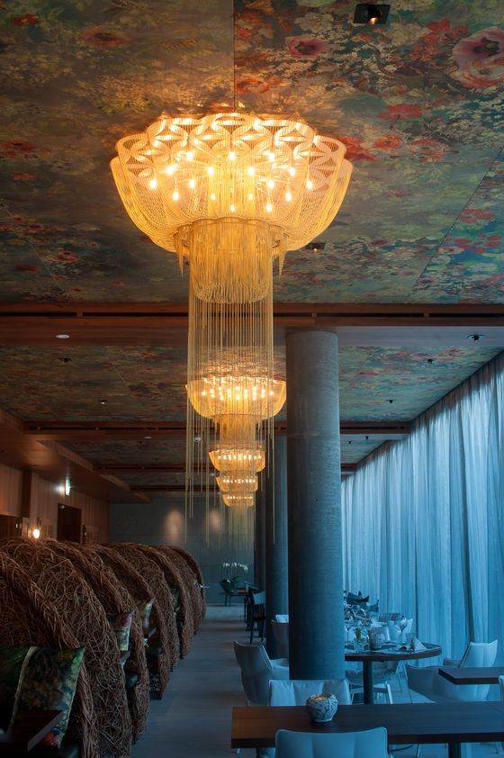 Modern restuarant ceiling design. #restaurantceiling ...
