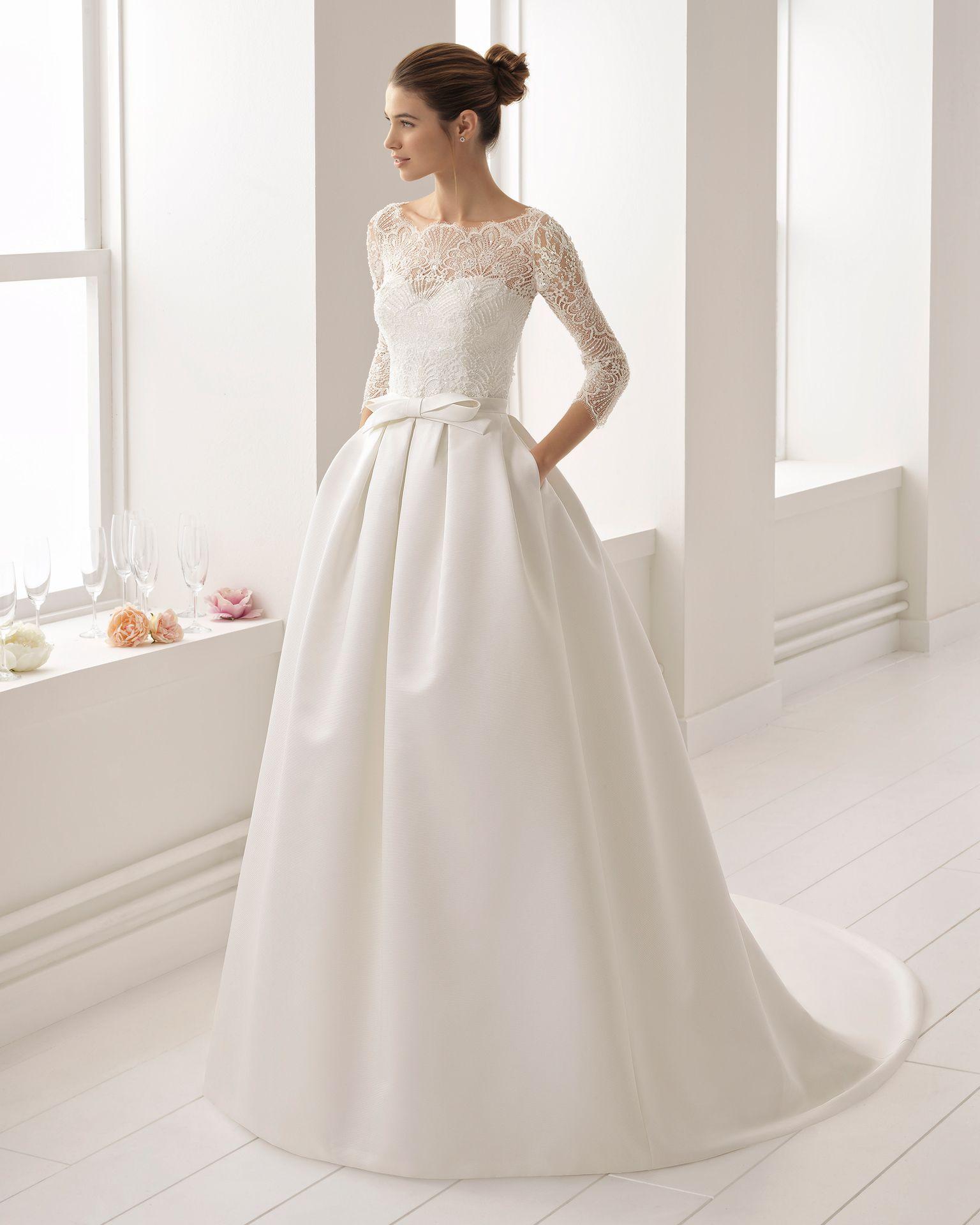 Vestido de novia estilo clásico en otoman, encaje y pedreria, con ...