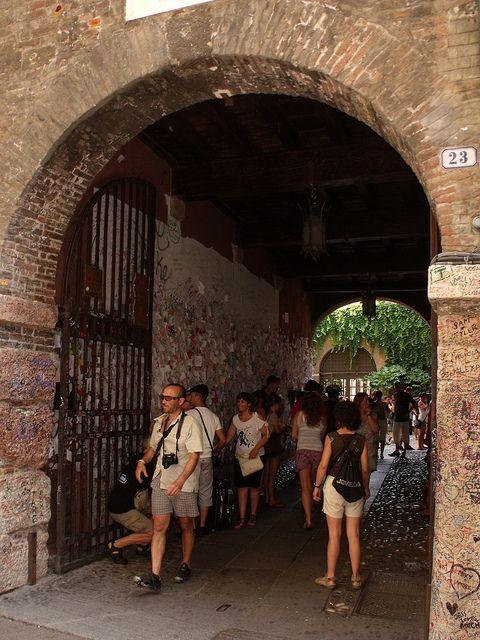 vasta gamma per tutta la famiglia risparmia fino all'80% Juliet's House, Via Cappello, Verona - Love notes and graffiti ...