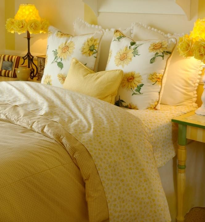 Bright yellow bedding slideshow just stuff i like for Bright yellow bedroom ideas