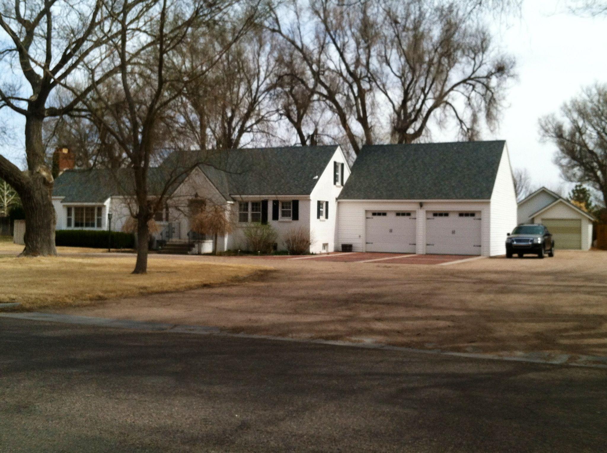 Stephanie Bogner, 620-272-3209 | Garden City KS Homes | Pinterest