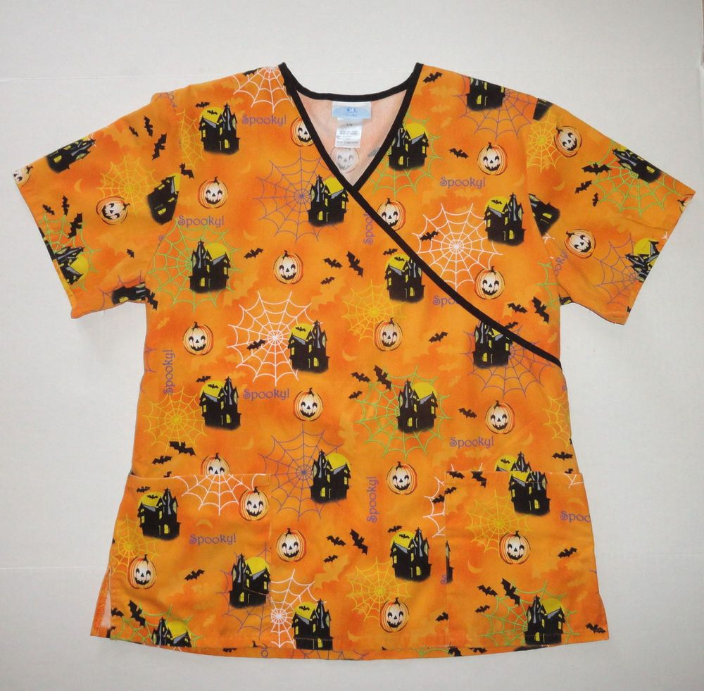 sb scrubs womens scrub top size large halloween haunted houses pumpkins bats scrubs nursing - Halloween Scrubs Uniforms