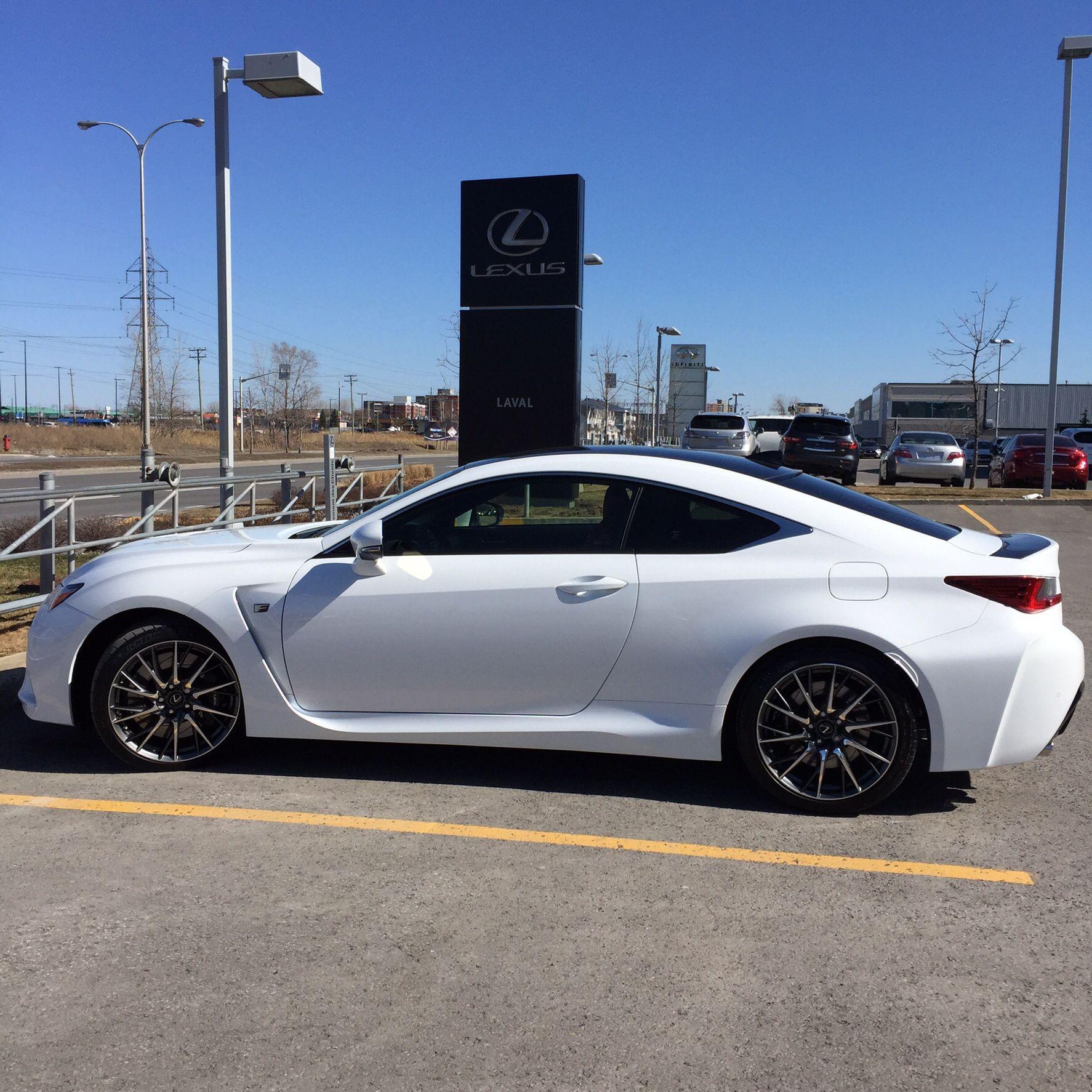 Lexus Rc F Performance Package Ultra White With Carbon Fibre Roof And Spoiler Lexus Rc F Avec Groupe Performance De Couleur Ultra Blanc Lexus Cars Lexus Bmw