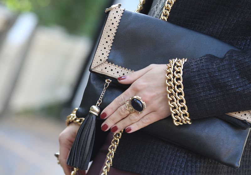 ANNAWII ♥ - BLACK AND BURGUNDY DETAIL'S