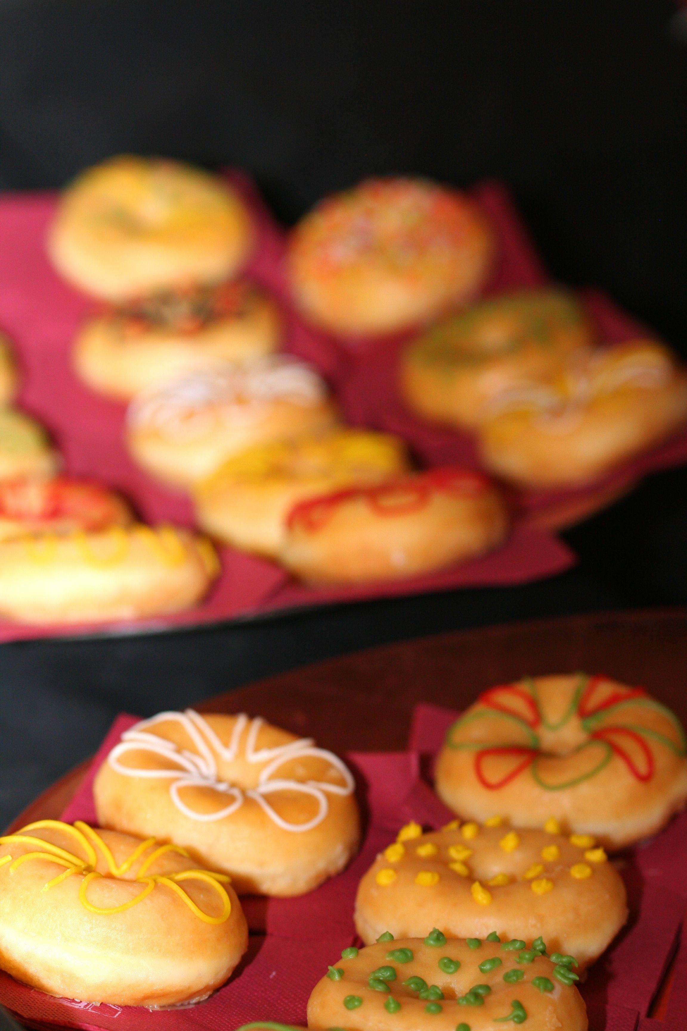 mini donuts decorados