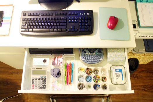 Practical And Inspiring Solutions For Organizing Your Work Desk Bedroom Organization Diy Studio Desk Office Supply Organization