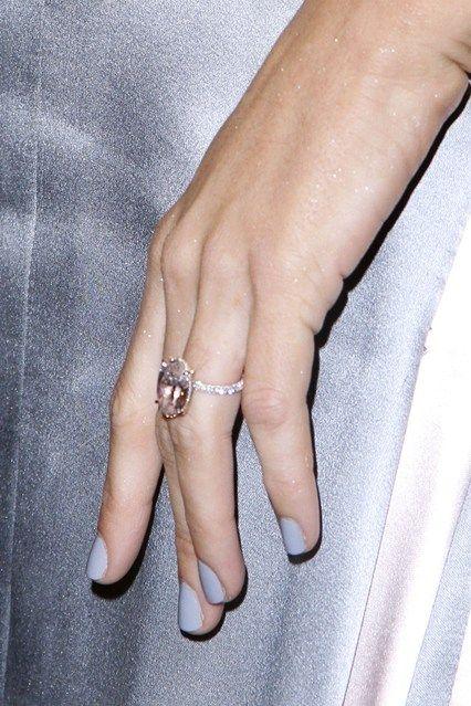 Blake Lively S Large Pink Diamond Engagement Ring Pink Diamond Engagement Ring Celebrity Engagement Rings Blake Lively Engagement Ring