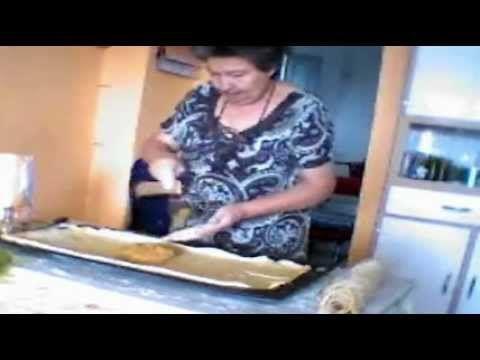 Tortas de la Virgen. Dulces tipicos Andaluces. Desserts Spanish. - YouTube