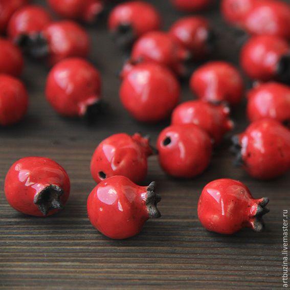 Купить Керамическая бусина гранат - ярко-красный, гранат, Керамика, керамика ручной работы