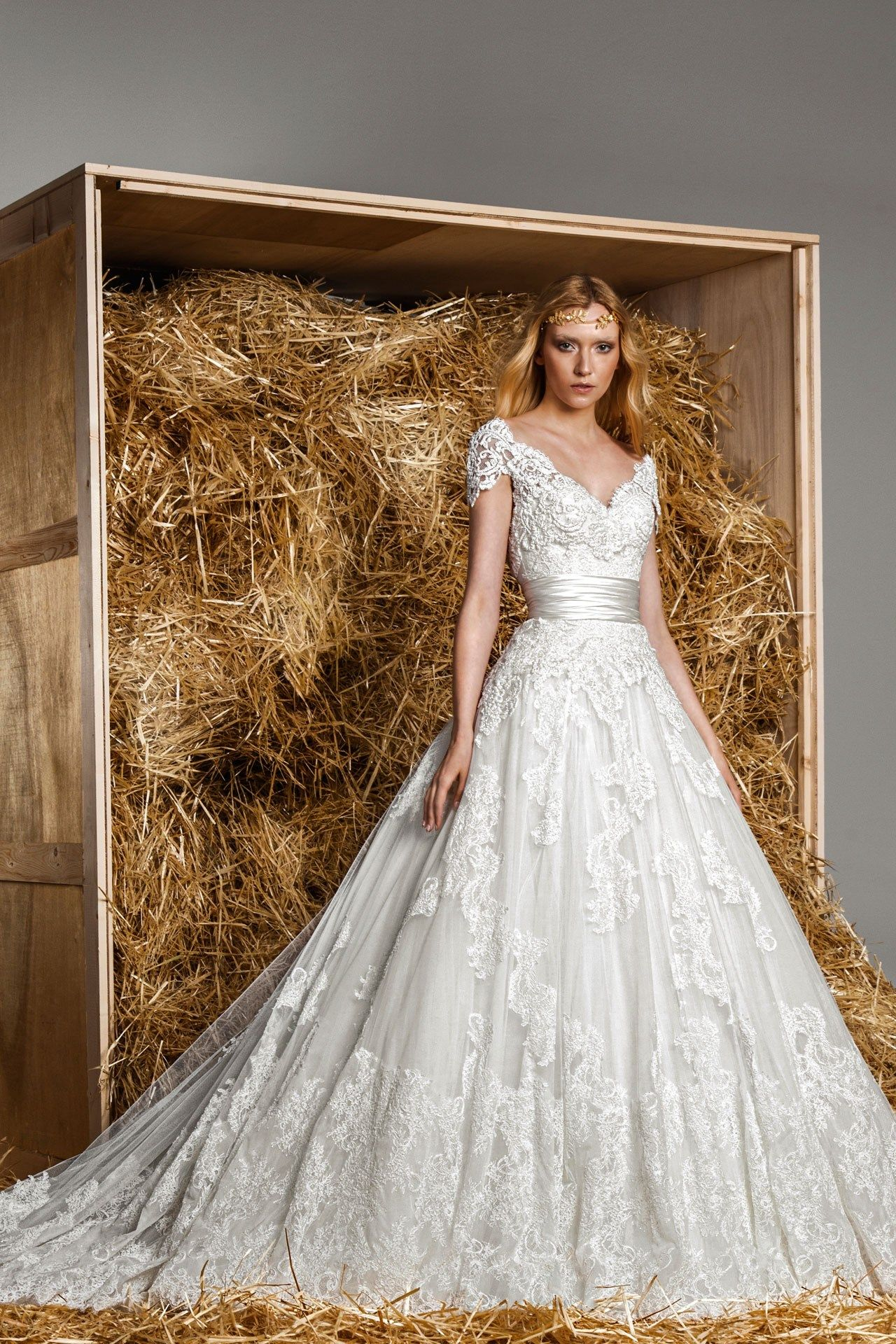 Whoa. Beauty. Zuhair Murad – Spring/Summer 2015 Bridal