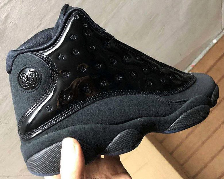 best service fd56e 5bfaa First look At The Air Jordan 13 Cap And Gown