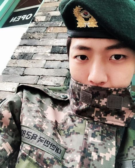 Timeline Of 14 Male Idols Returning From Conscripted Military Service In The Next 5 Months To Save K Pop Military Service Idol Military