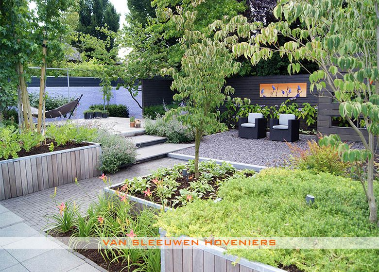 Patiotuin tuinen wereldwijd tuinaanleg tuin en for Tuinontwerp schuine lijnen