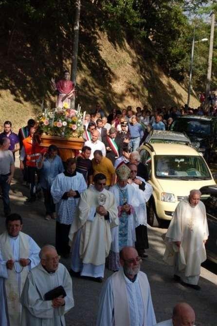 Misa Solemne en Cerreta (La Spezia), celebrada por Monseñor James Barabino - Riviera24.it