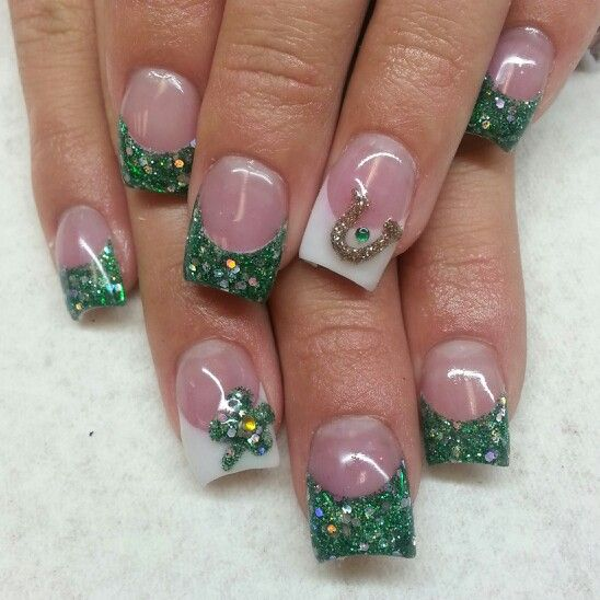St Patrick S Day Acrylic Nails With Green Glitter Clovers And