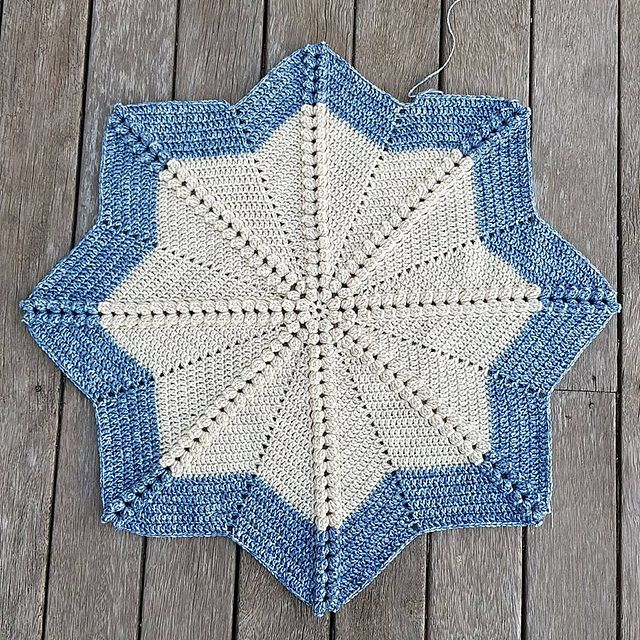 Compass is an 8 point star blanket featuring the popcorn stitch in ...