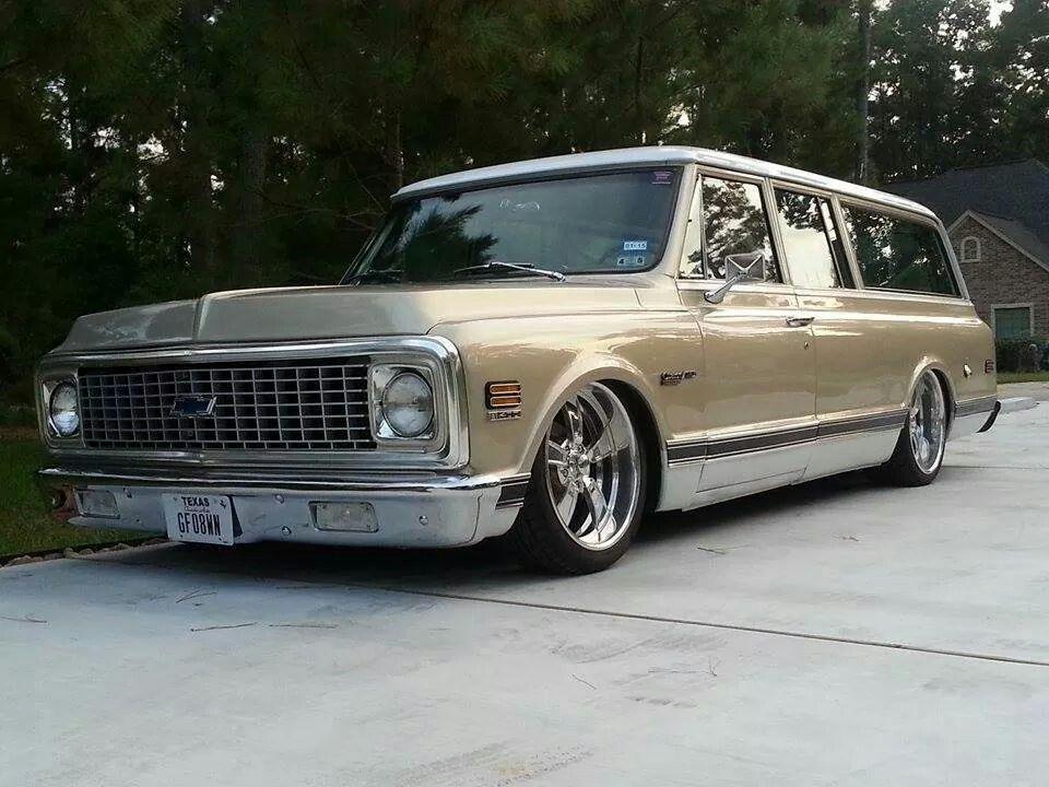Chevy Classic Suburban