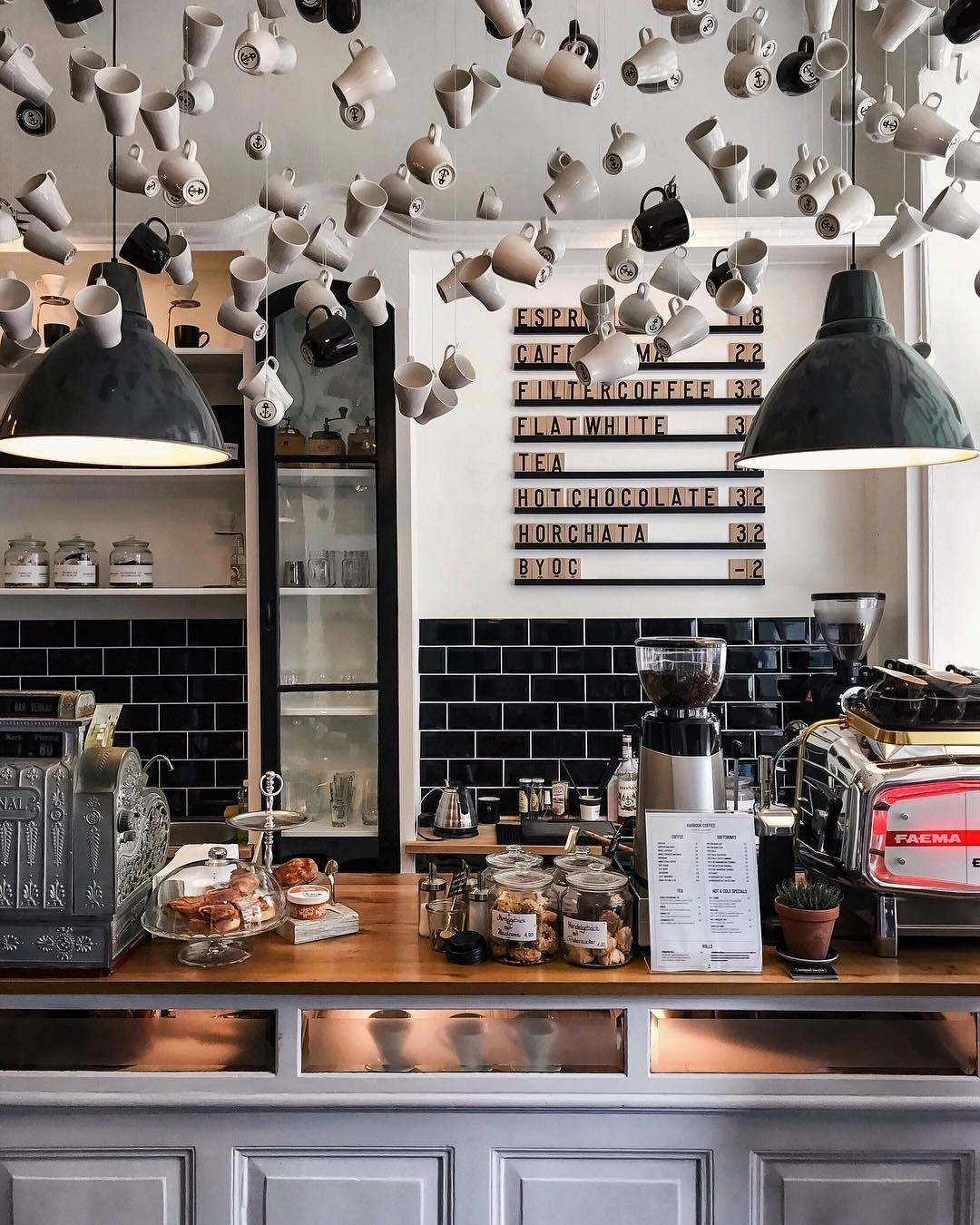 Bringing Together A Vintage Industrial Design Can Be Hard We Certainly Would Know To Make Things Ea Cozy Coffee Shop Coffee Shops Interior Coffee Shop Decor
