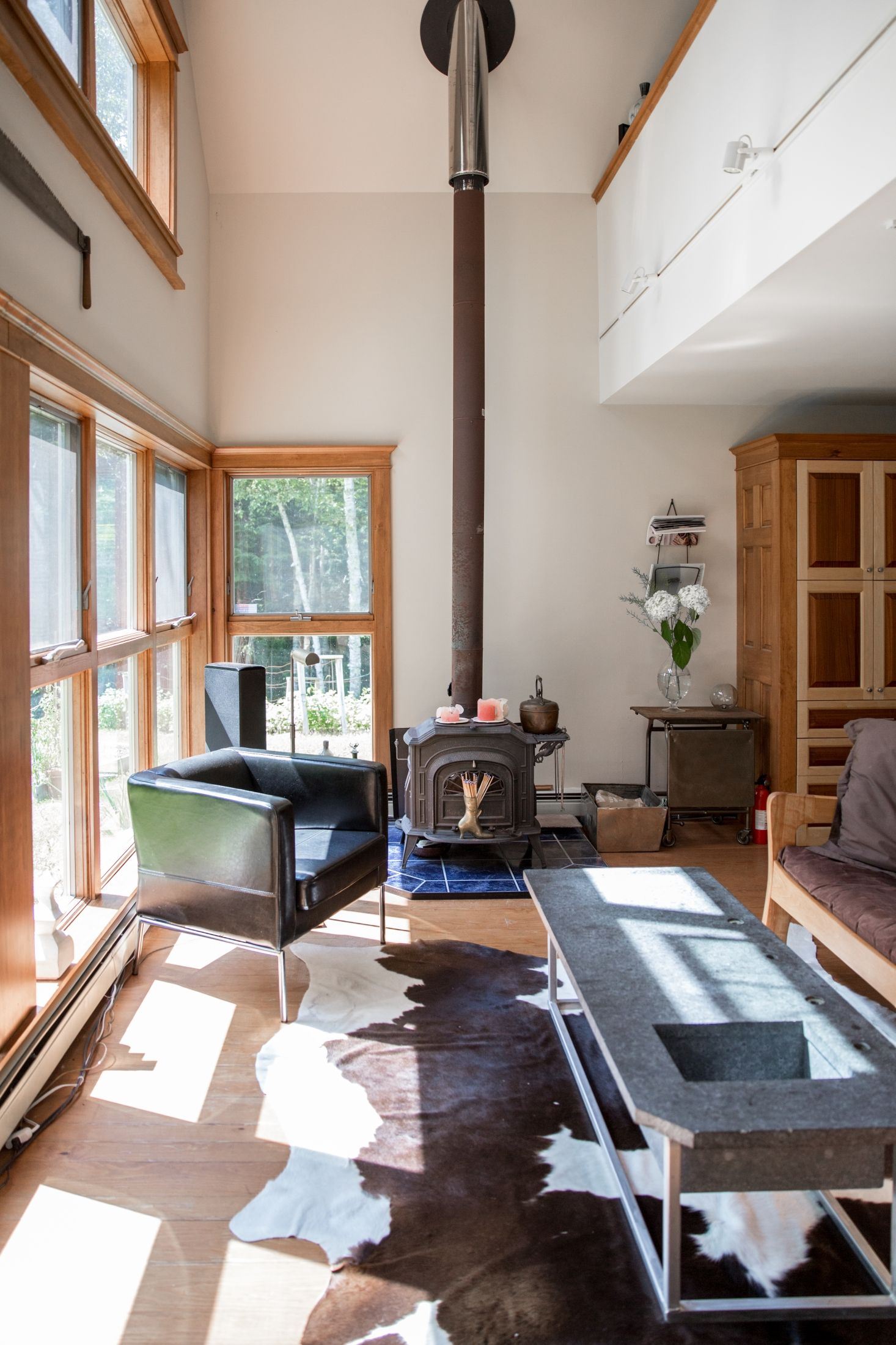 Beautiful Downeast Meets Japan: A 14th Generation Ceramicist At Home In Maine    Remodelista