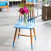 Comment donner un look scandinave à une chaise en bois?