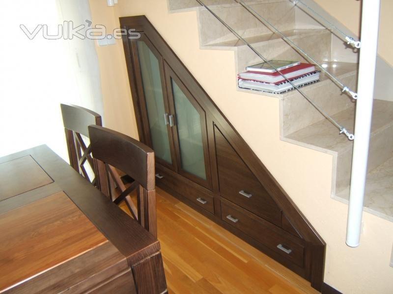 Aprovecha el espacio hogar pinterest el espacio for Zapatero bajo escalera