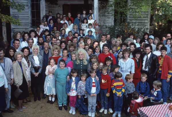 Dolly Parton Photos - Dolly Parton on 'Dolly' in 1987. - Disney ABC Television Group Archive