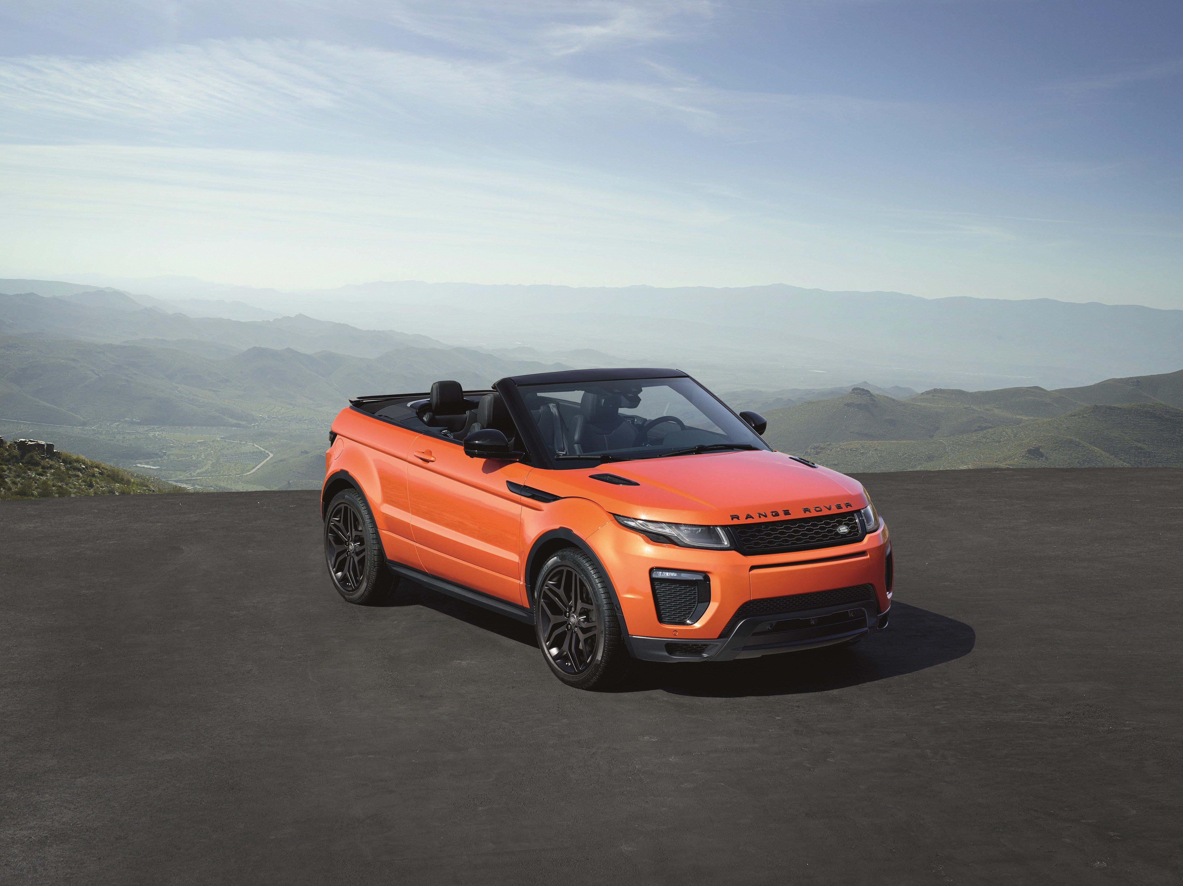 Land Rover Unveils First Ever Range Rover Convertible the Evoque