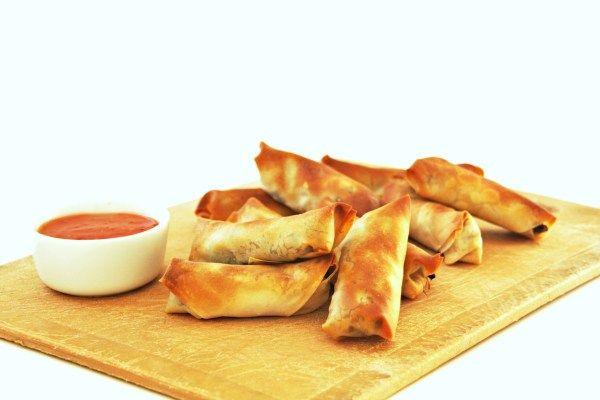 Vegetarische loempia maken uit de oven - heel makkelijk en met weinig ingrediënten te maken.