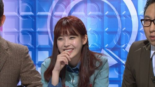IU discusses her ideal type on 'Quiz Show Q' | KPOP artist