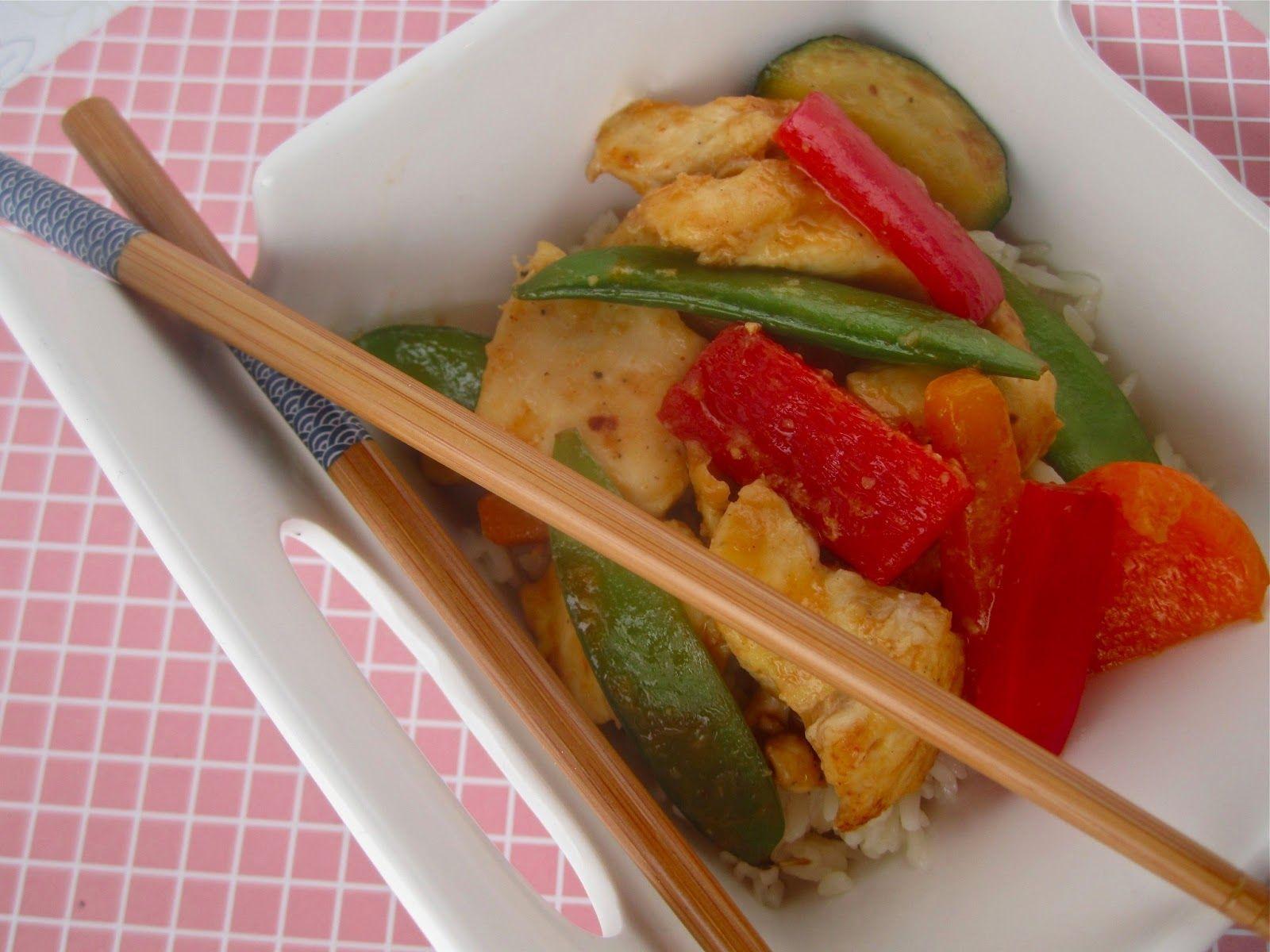 Stephanie Cooks: Lighter Orange Chicken Stir Fry