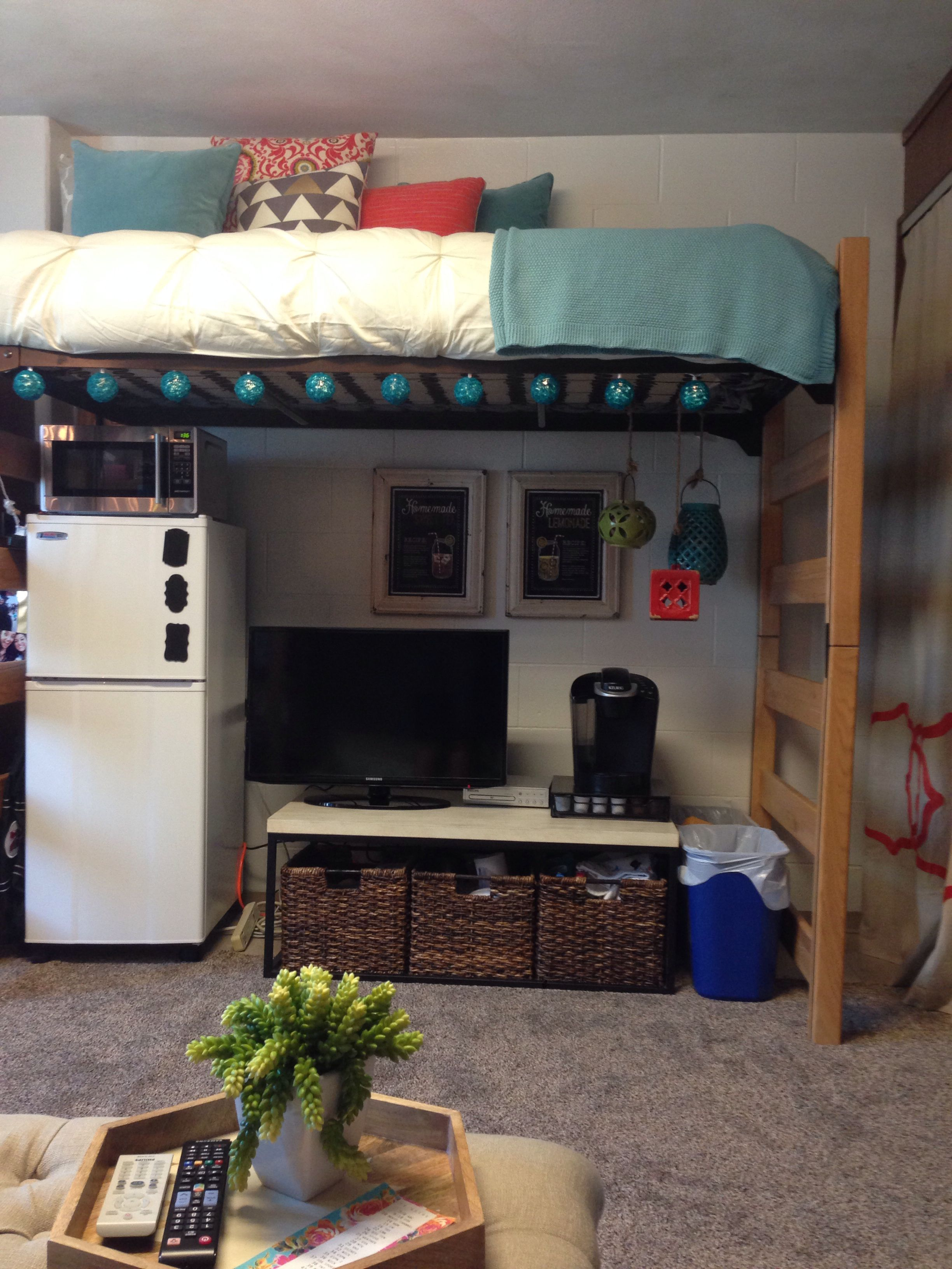 And the other bed across could also be lofted for a small