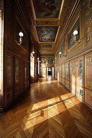 Château de Fontainebleau — Wikipédia