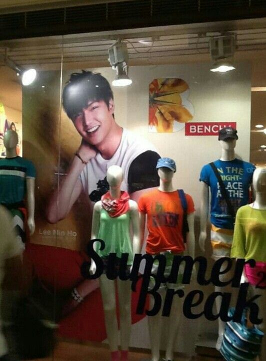 Lmh Huge Poster Inside A Bench Store In Manila Philippines Lee Min Ho Lee Min Korean Actors