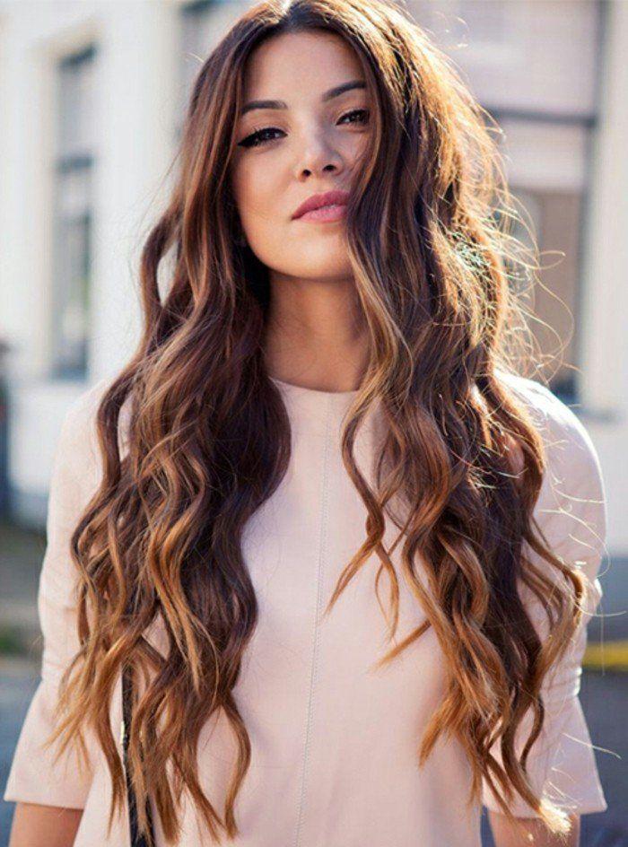 Belle coiffure femme cheveux long