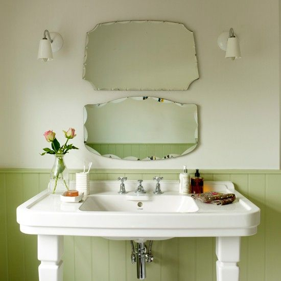 Beau Green Vintage Bathroom | Country Decorating Ideas | Ideal Home | Housetohome
