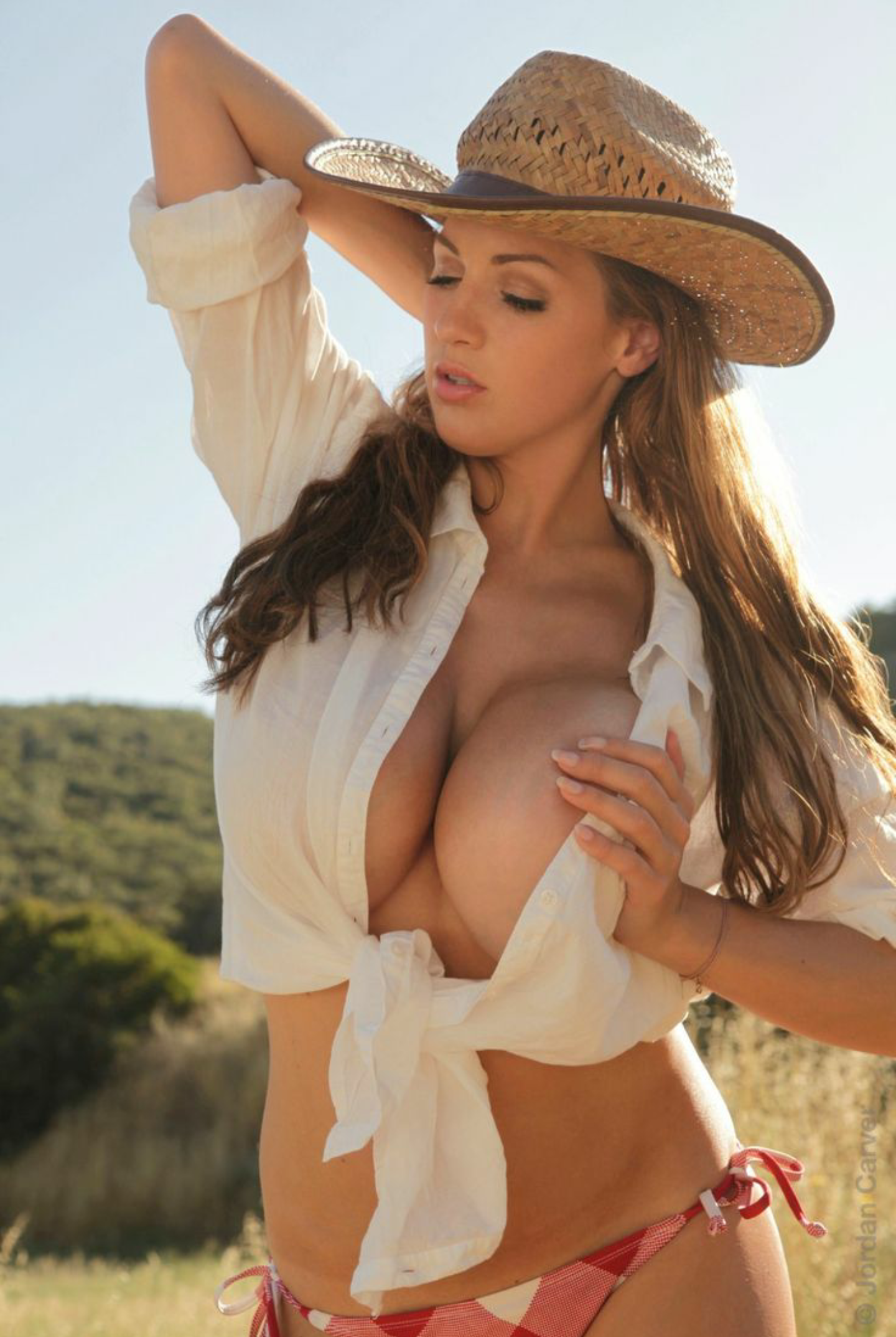 Busty Country Girl Topless Tits For Photo Car Camera