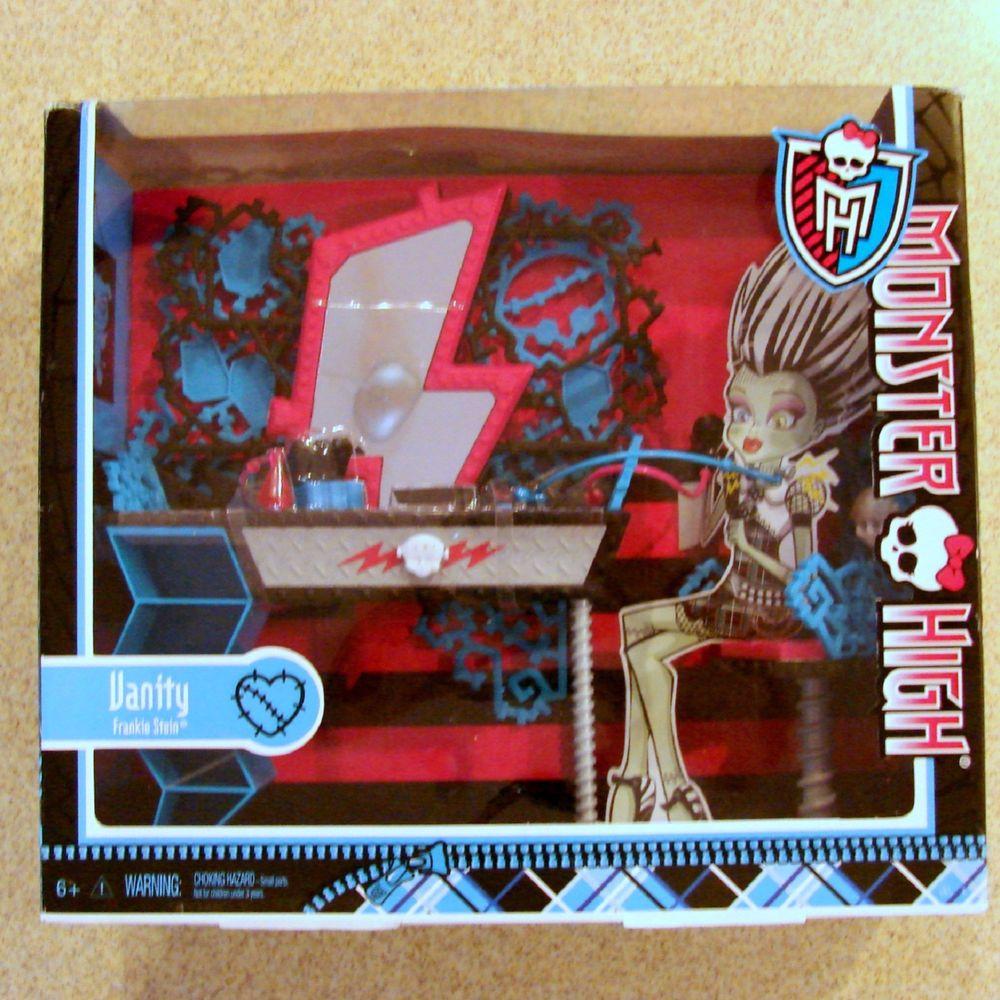 Monster High Frankie Stein Vanity Accessory Table Mirror Stool Set Mattel 29 90