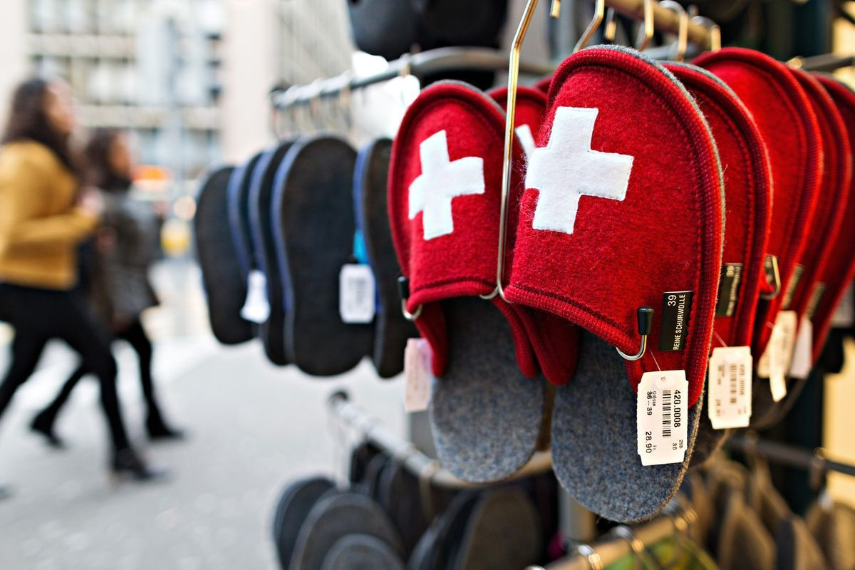 Swiss Economy Unexpectedly Contracts, Hit by Foreign Trade