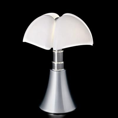 Pipistrello By Gai Aulenti Martinelli Luce Lampe Pipistrello Lampe A Poser Lamp