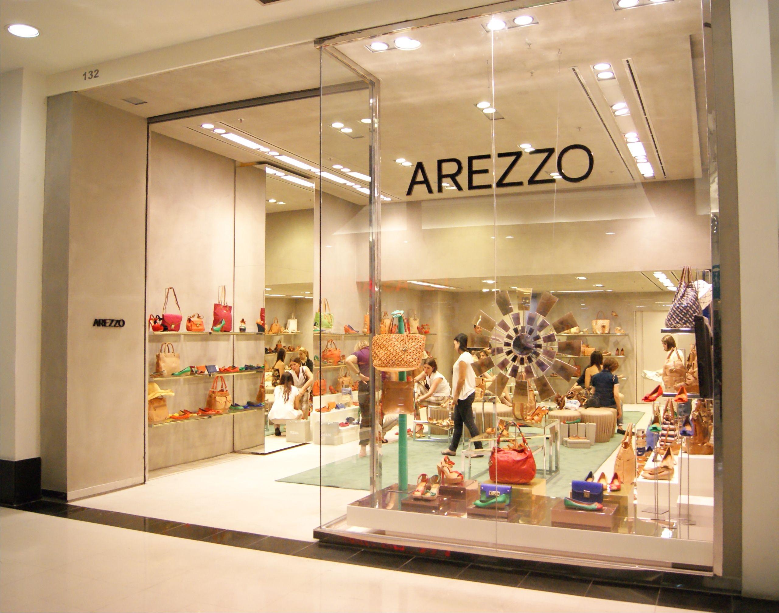 72fb4a187 O Sem Finesse foi convidado para o lançamento da nova loja Arezzo no  Shopping Curitiba e