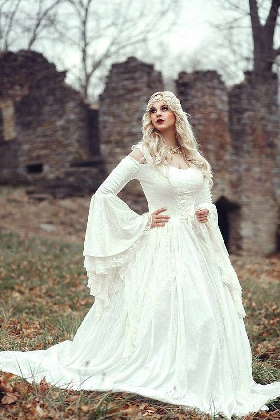 MZYCH04 Vintage Renaissance White Wedding Dress Celtic Medieval Bell ...