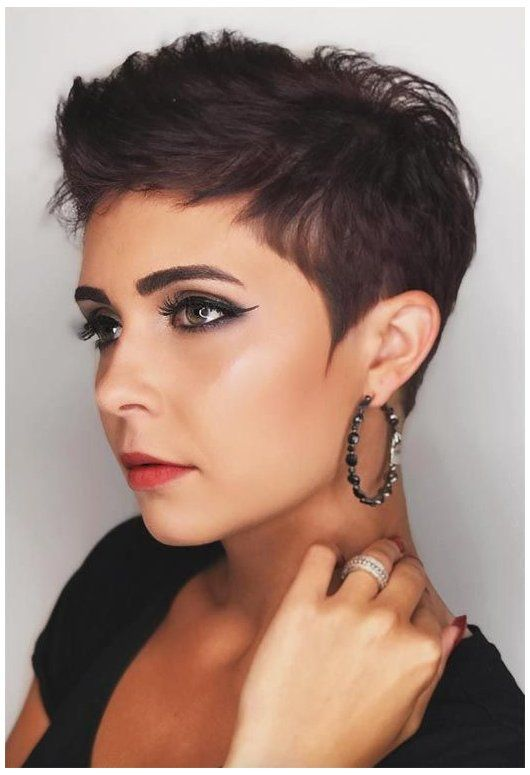 short haircuts for women pixie