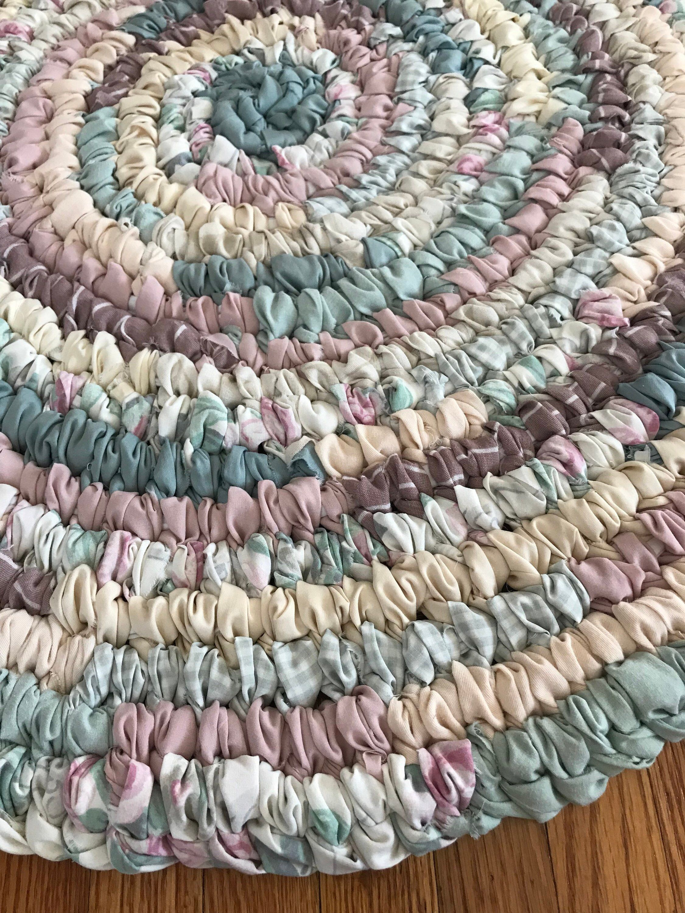 Excited To Share This Item From My Etsy Shop Handmade Rag Rug Round Rug Farmhouse Rug Cabin Rug Toothbrush Rag R Braided Rug Diy Handmade Rag Rug Rag Rug