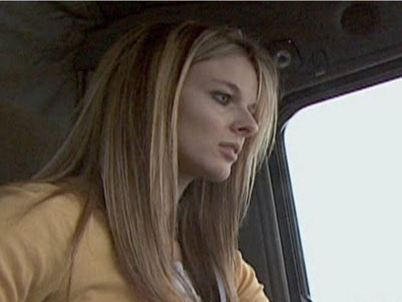 Kelly sexy lisa Lisa Kelly