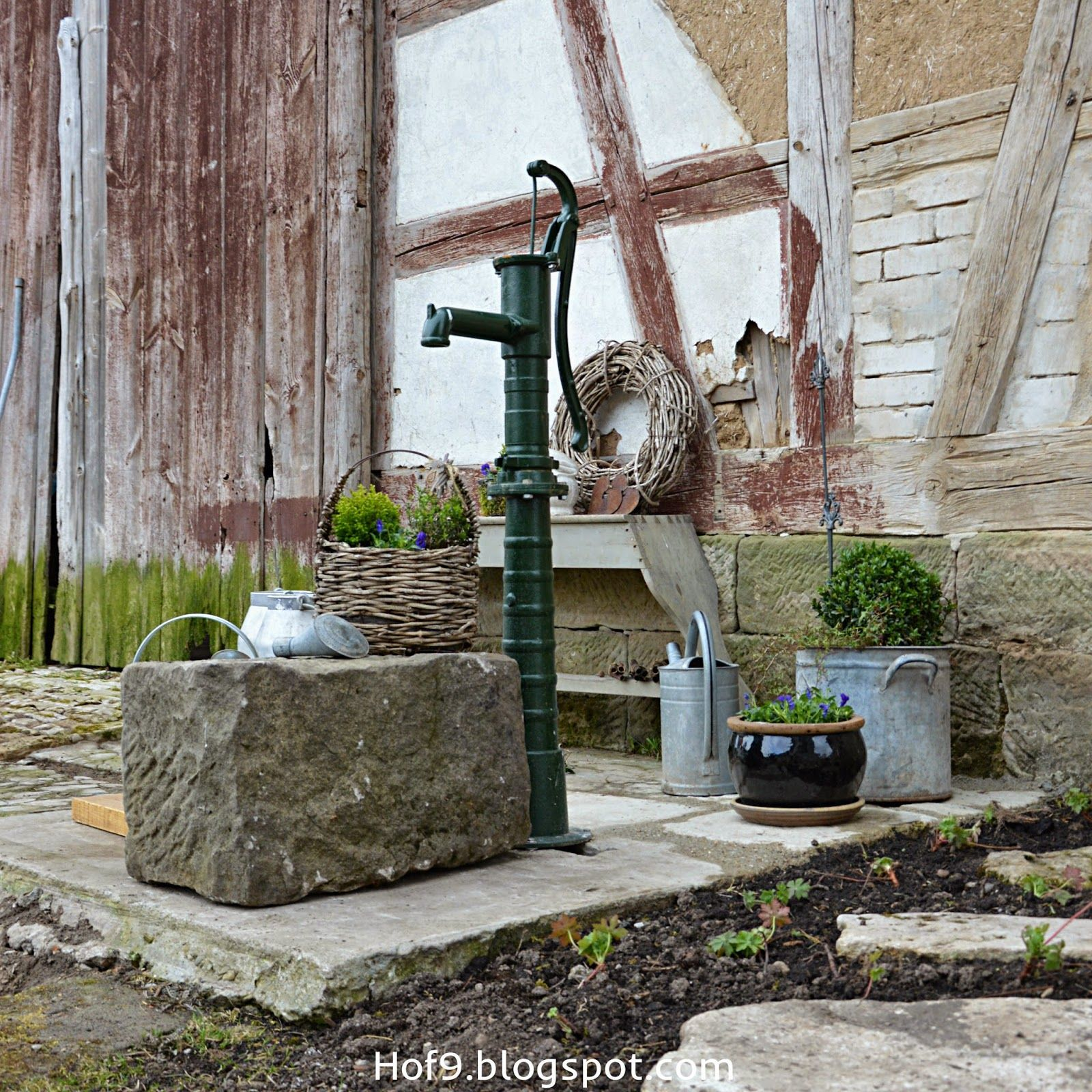 Eine Ziemlich Tiefe Berraschung Brunnen Garten Garten Dekoration Diy Garten Dekoration Diy Garten Dekor Water Fountains Outdoor Floor Plants Lawn Art