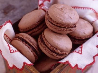 Hazelnut Mocha Macarons Recipe Macaron Recipe Macaroon Recipes Food Network Recipes