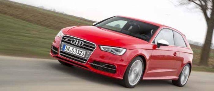 Audi S3 La Tercera Generacion Monta Un Motor 2 0 Tfsi De 300 Cv Una Carroceria Mas Ligera Y Esta A La Venta Desde 42 800 Euros Audi Todocamino Sedan