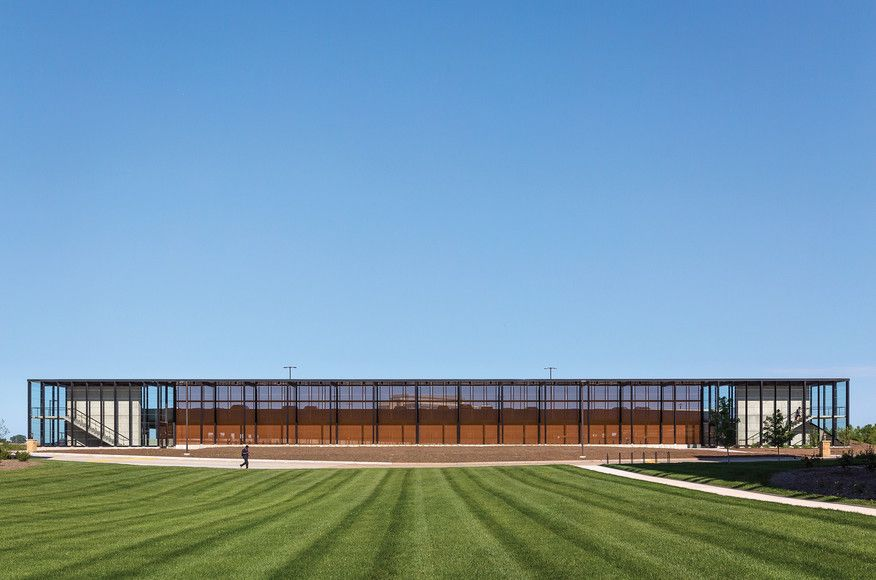 Corporate Campus Parking Facility | Architect Magazine | Substance Architecture, Des Moines, Iowa, Infrastructure, New Construction, 2015 AIA Iowa Excellence in Design Awards, AIA Iowa Excellence in Design Awards 2015