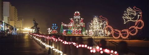 Virginia Beach Boardwalk At Christmas Ride On The In Your Car And Enjoy All Of Holiday Lights Along