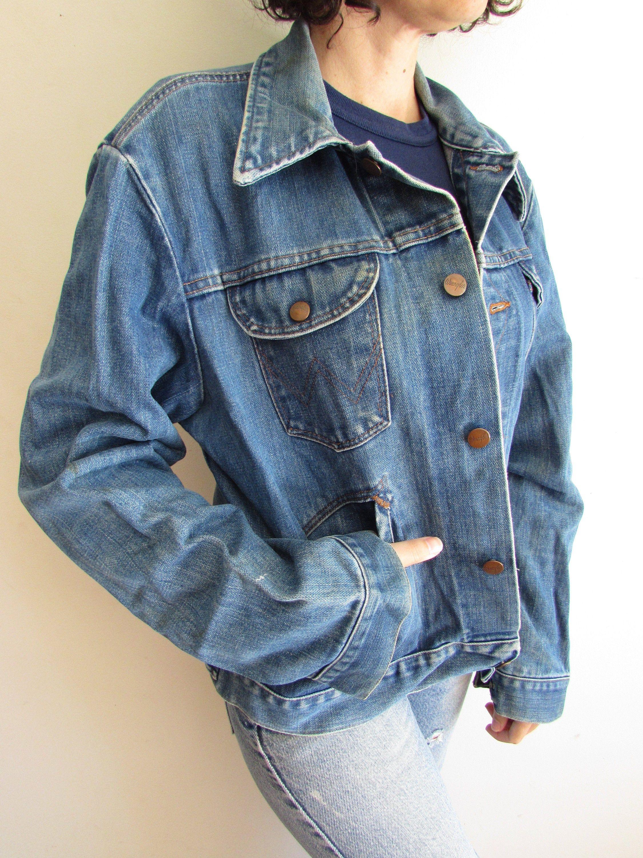 Vintage Wrangler Denim Jacket Distressed Cowboy Ranchwear Trucker Biker Rocker Jean Jacket L Denim Jacket Vintage Wrangler Distressed Denim Jacket [ 3000 x 2250 Pixel ]